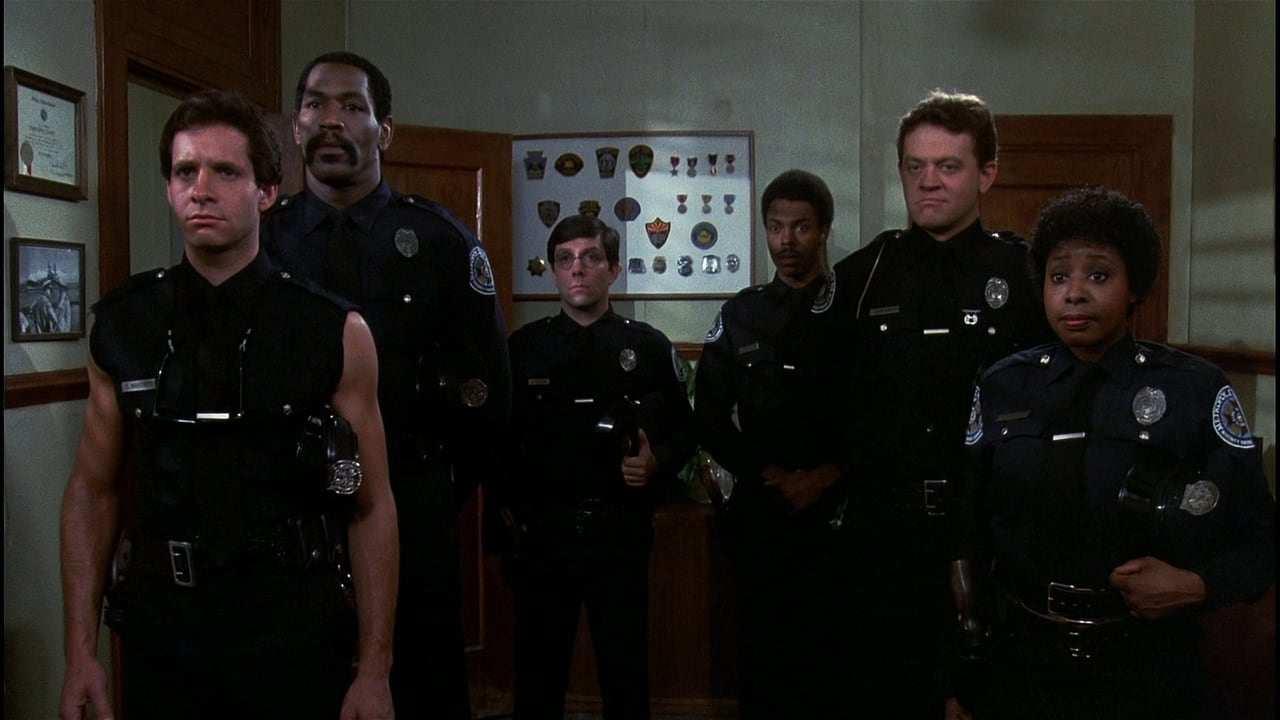 Polisskolan regisserad av Hugh Wilson