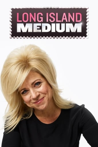 Bild från filmen Long Island Medium