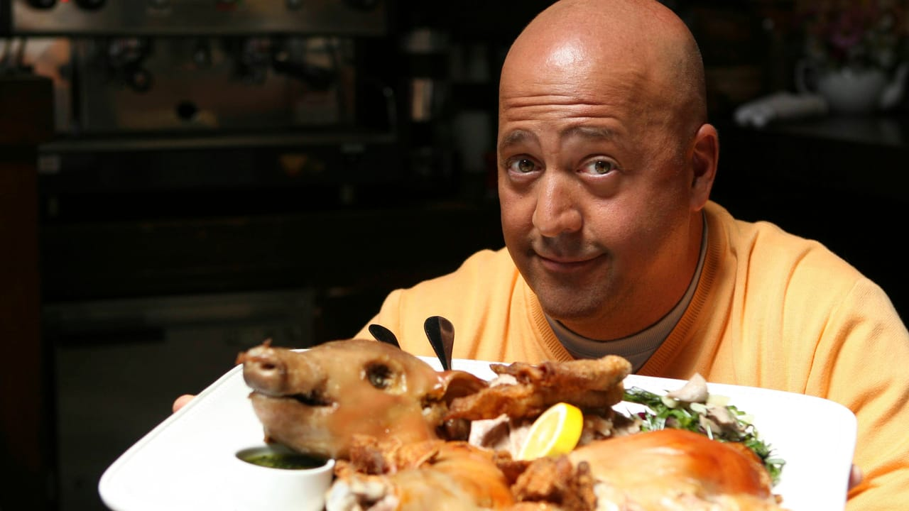 Kanal 9 - Bizarre foods with Andrew Zimmern